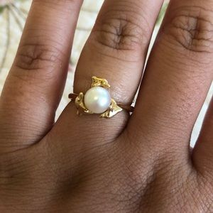 14K gold dolphin ring - size 8